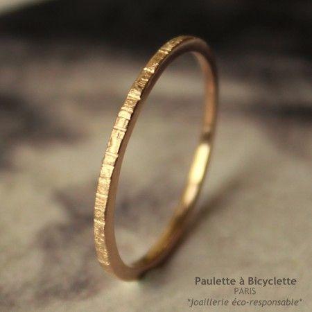 alliance très fine  en or rose éthique recyclé  Paulette à Bicyclette
