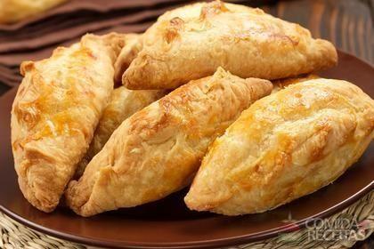 Receita de Pastel ao forno de bacalhau em receitas de salgados, veja essa e outras receitas aqui!