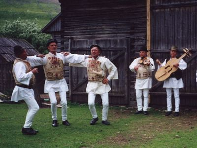 Hungarian folk dance - Gyimes, héjsza