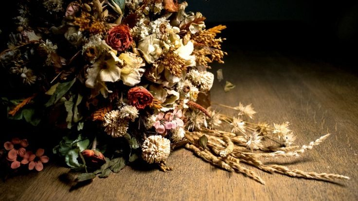 Bouquet Dried Flowers Download free addictive high quality photos,beautiful images and amazing digital art graphics about Nature / Landscapes.