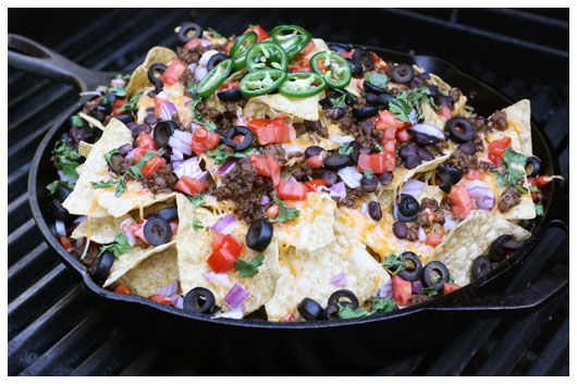 Macho Nachos - Nachos on the grill!  Triple layers of cheese, taco beef and toppings in a large cast iron skillet.  In closed grill for 10-15 to melt the cheese.  Outdoor entertaining.: Tortillas Chips, Five, Nachos Macho, Cast Irons Grill, Macho Nachos, Nachos Recipe, Loaded Nachos, Pampered Chef, Macho Nachoz