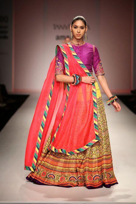 Amazon India Fashion Week Autumn/Winter 2015 - Day 3 - Tanvi Kedia #AIFW #autumnwinter #2015 #Amazon #IndiaFashionWeek #IndianFashionShows #indianfashion #indiandesigners #TanviKedia #indianfashionclothes #catwalk #indiandresses #beautiful #outfit #look #style #colourful