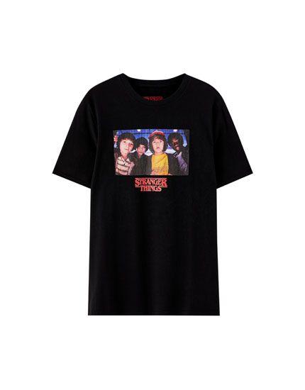 4412b8624e5a Netflix Stranger Things T-shirt with character photo - pull&bear