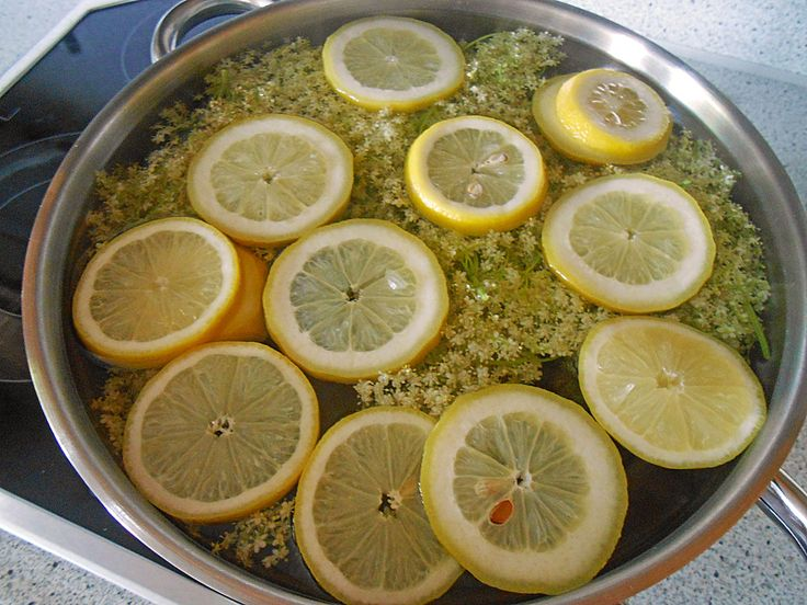 Chefkoch.de Rezept: Holunderblütensaft
