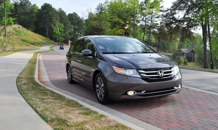 Nice Honda 2017: 2014 Honda Odyssey Touring Elite - Road Test Review - Luxury King...  Car Reviews Check more at http://carsboard.pro/2017/2017/04/01/honda-2017-2014-honda-odyssey-touring-elite-road-test-review-luxury-king-car-reviews/