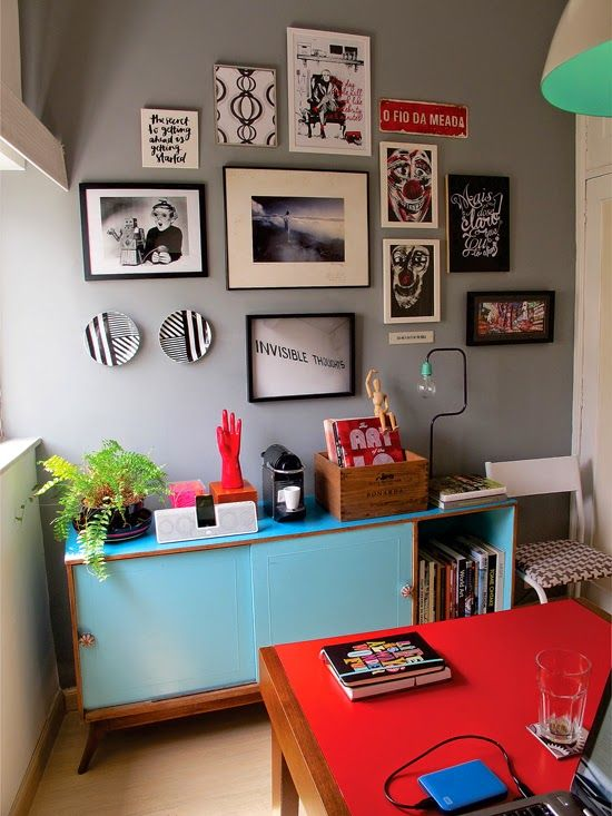 cute colorful home office #decor #gallerywall #colors #escritorios