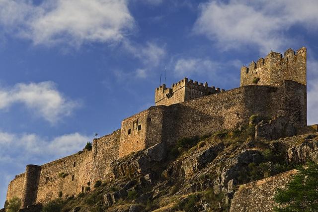 Castillo de Alburquerqueprovincia de Badajoz (comunidad autónoma de Extremadura)España39,21767, -7,00319