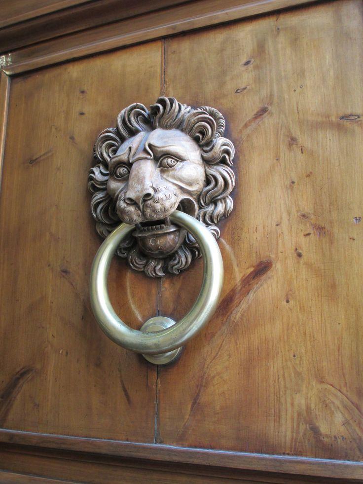 Lion Face door knocker. Florence back street. & 13 best Jacob marley door knocker images on Pinterest | Lever door ...
