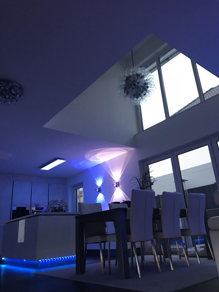 Fensterfronten Und Metall Treppe Haus Design Minimalistisch. tolle ...