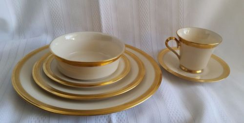 Lenox-China-Aristocrat-Place-Setting-Six-Pieces-White-with-Gold-Trim-with-Bowl