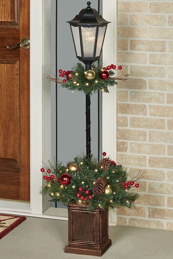 Holiday Indoor Outdoor Lighted Lamp Post Topiary