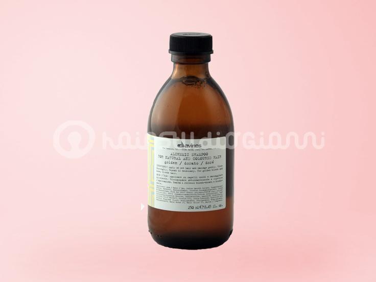 Shampoo DORATO Davines 250ml    shampoo dorato, ideale per ravvivare capelli colorati o naturali biondo dorato e biondo miele.  Per saperne di più clicca sul seguente link:  http://www.hairstudiogianni.com/Alchemic-System/Shampoo-colorato-dorato-Davines-250ml.html