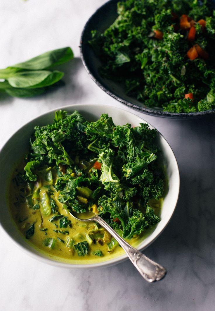 Recept voor een verwarmende groene curry met (baby) pak choy. Doe mij maar wat extra groenten deze herfst en winter!