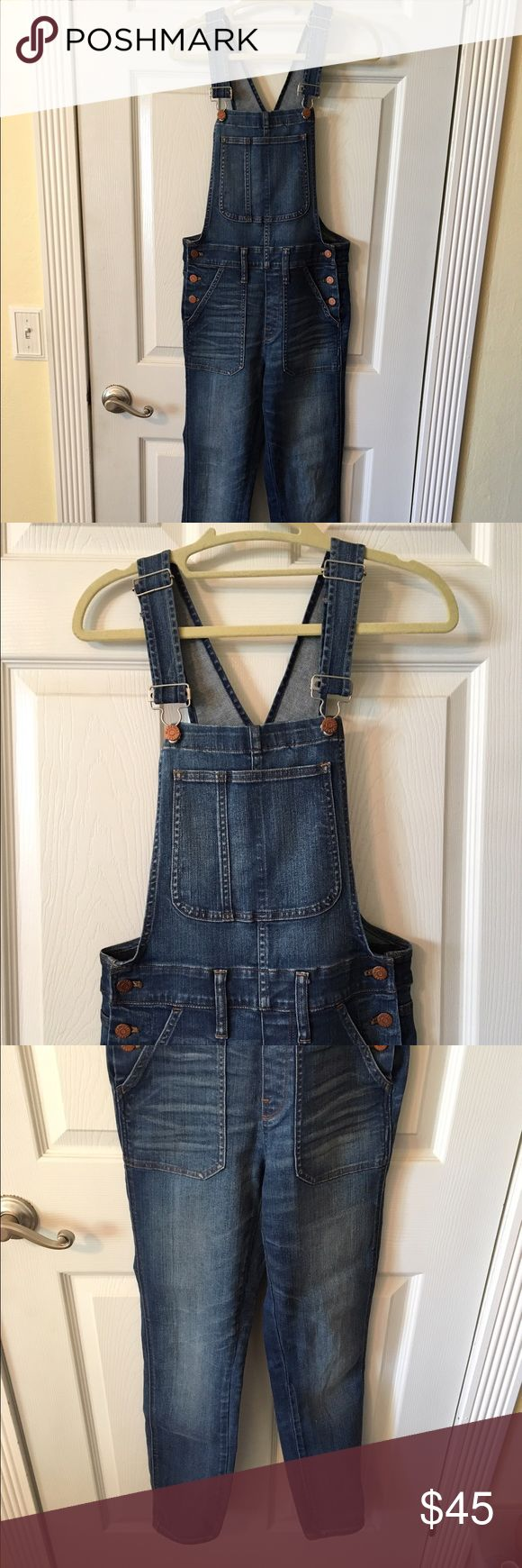 Madewell Overalls True to size for the most part. They are a tad too big for me now but anyone who is a size small/medium would fit into these. The denim is very soft which makes for a comfortable fit! Madewell Jeans Overalls