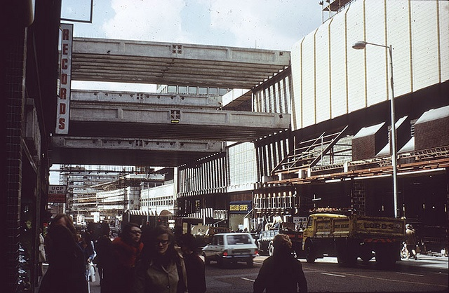 Building the Arndale, mid-1970s - Stop!!! You've ruined our city centre!!!