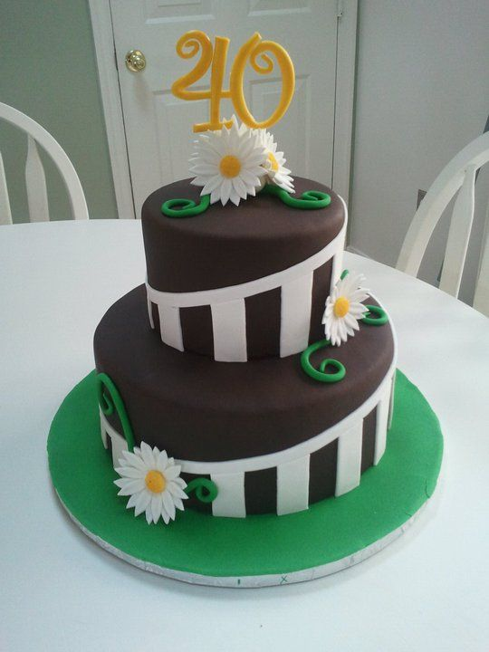 Cake Decor Numbers : Stripes and daisies - Stripes and daisies cake for a 40th ...