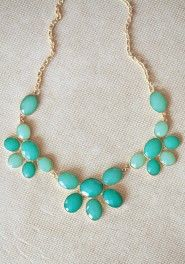 Just because I'll forget where this site is... super cute jewelry for DIRT CHEAP! This necklace $17
