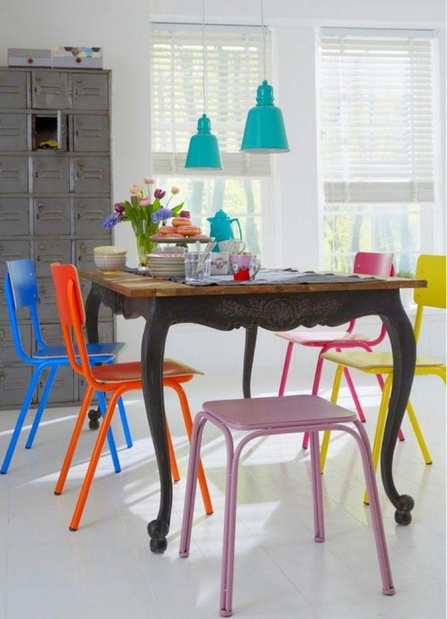 Sedie Vintage Colorate Idee Colore Come Cambiare Casa Con La Pittura Hogarhabitissimo Sedia Per Sala Da Pranzo Idee Per Decorare La Casa Progetto Casa