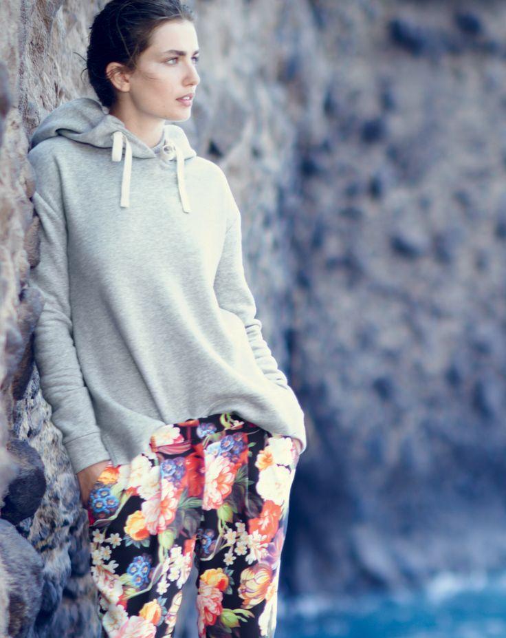 how to wear it: oversize fleece hoodie sweatshirt and floral pant   jcrew catalog, oct14