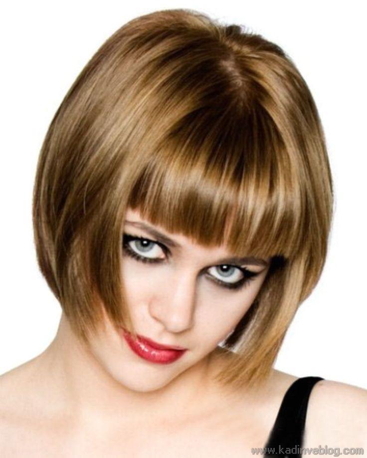 Çene Hizası Kısa Bob Saç Kesim Modeli