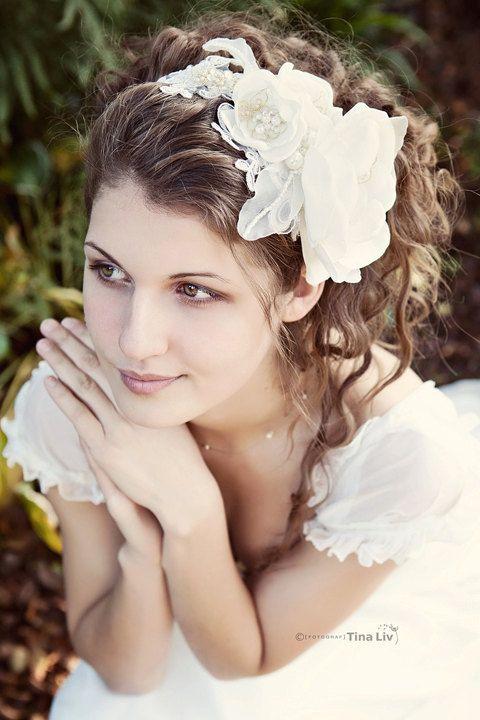Utterly Romantic bridal hair piece