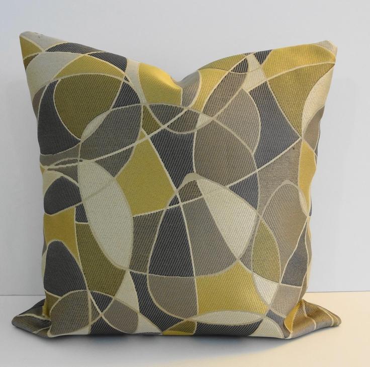 Decorative Bed Pillows Pinterest : 305 best Pillows images on Pinterest Decorative throw pillows, Decorative bed pillows and ...
