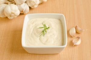 Cómo hacer salsa de ajo #receta #salsa