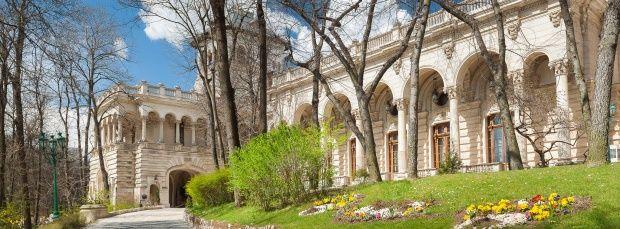 Palatul Cotroceni I Obiective Turistice #PalatulCotroceni #Cotroceni #ghid #urban #obiectiveturistice www.cotroceni.ro