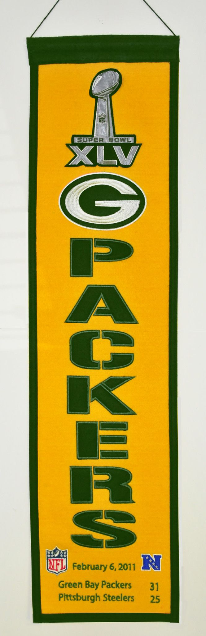 This Super Bowl Banner is a high quality embroidered collectible which hangs vertically and is 8 (w) x 32 (h) inches in size. This wall banner is a great way to display your team allegiance and hang i
