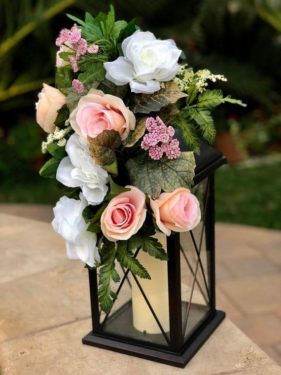 Mariage réception lanterne décor, Pew fleurs, festons Floral, festons lanterne, lanterne de mariage fleur, mariage cérémonie Pew Swag, allée festons