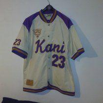 Karl Kani T-shirt Jersey jacket Baseball in ottime condizioni.. Maglia stile Baseball taglia L.. Vintage Los Angeles old School sport.. Contattatemi per qualsiasi info..spedizione comprese. . #baseball#hardwoodclassic#reebok#nike#adidas#fila#basket#hoops#street#varsity#jersey#chicago#bulls#nfl#karlKani#streetwear#sport#sneakers#football#lakers#starter#vintage#retrò#jordan#camicia#