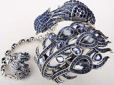 peacock slave bracelet: Bracelets Rings, Jewelry Envy, Beautifuljust Beautifulcloth, Blue Crystals, Fashion Jewelry, Slave Bracelets, Peacock Slave, Peacock Bracelets, Crystals Peacock