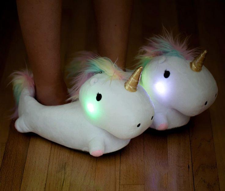 Des chaussons licornes qui s'illuminent quand vous marchez | Buzzly
