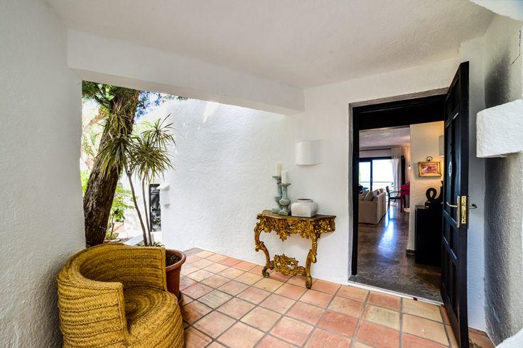 Maison Amour hall. #home #rental #Jávea #Interiordesign #Diseñointeriores #JessicaBataille #Ibizastyle #Estiloibicenco #Mediterraneanstyle #Estilomediterráneo #maisonamour
