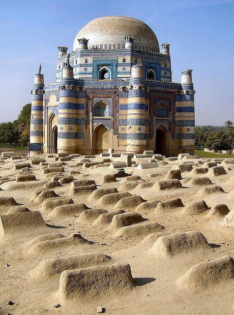 Pakistan - 066 Uch Sharif 05 by Arnim Schulz, via Flickr