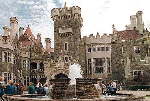 Casa Loma - a castle in the city