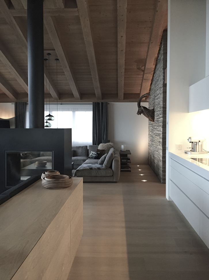 Mountain House - Picture gallery