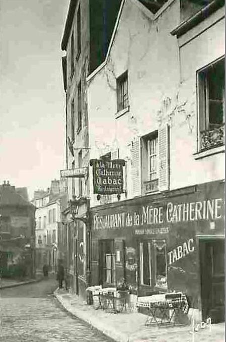 Restaurant de La Mère Catherine (Ancien presbytère du XVe siècle, ce bistrot avec terrasse et jardin sert des plats traditionnels français.), 6 Place du Tertre, Montmartre, Paris 18ème, vers 1900