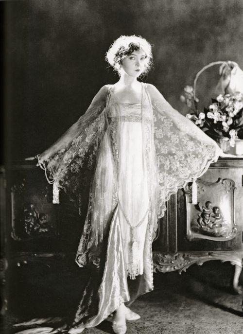 speechofangels:    Lillian Gish