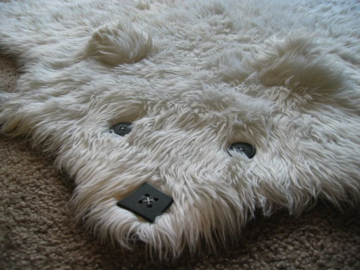 This is how I want to make a bearskin rug.  Nothing to trip over!