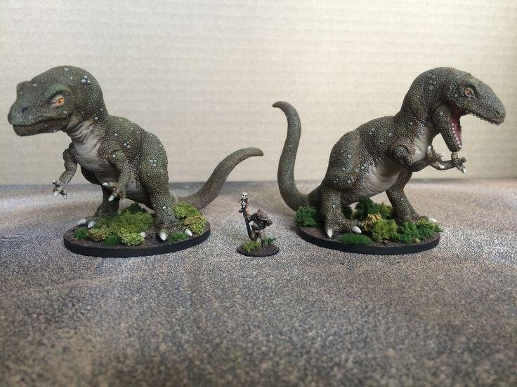 Old school style dinosaurs/lizard king. 15mm scale