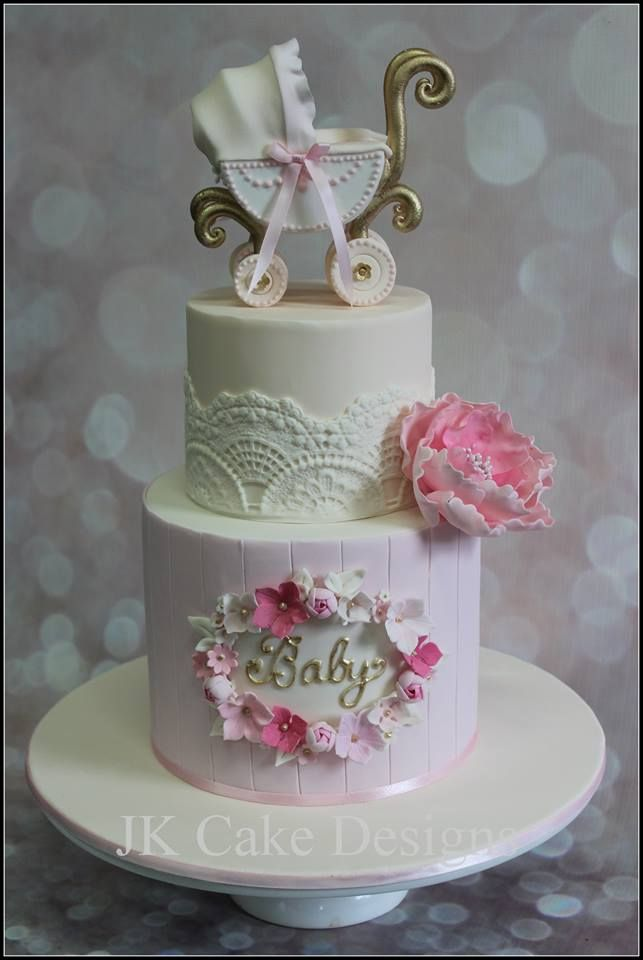 Such a beautiful baby cake!