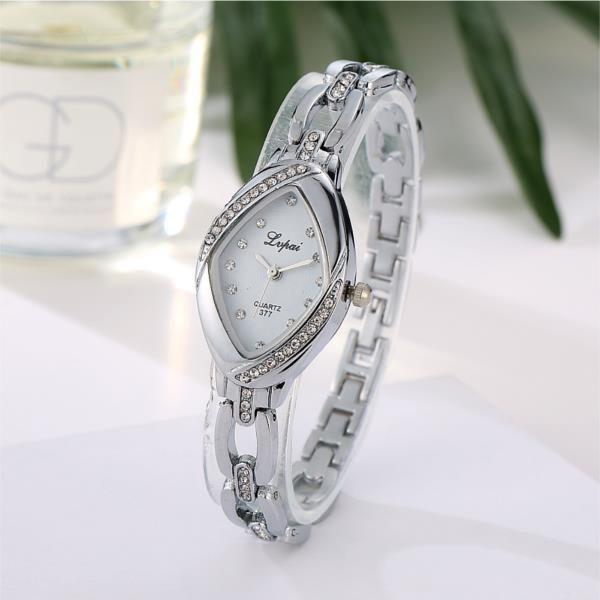 LVPAI P128 Fashion Ladies Dress Bracelet Watch Luxury Party Women Quartz Watch at Banggood