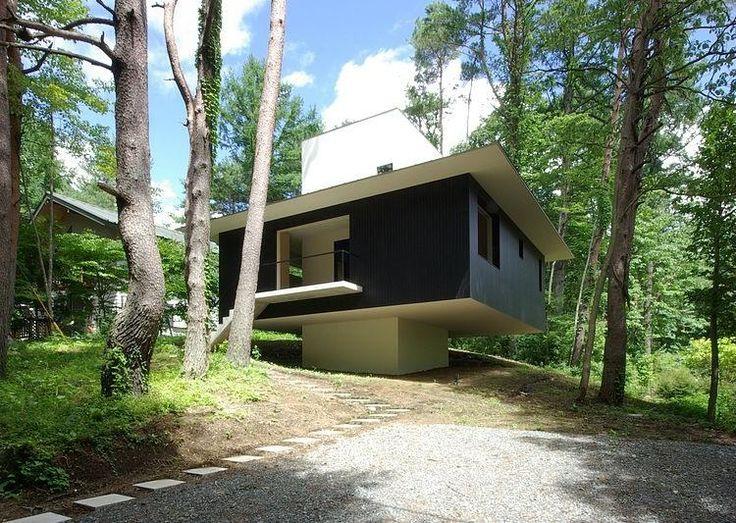 House in Fujizakura by Case Design Studio http://www.homeadore.com/2013/09/19/house-fujizakura-case-design-studio/… Please RT #architecture #interiordesign pic.twitter.com/cqmnECQKVP