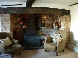 Holiday Cottage in Winfrith Newburgh, Nr. Dorchester, Dorset, England E8182