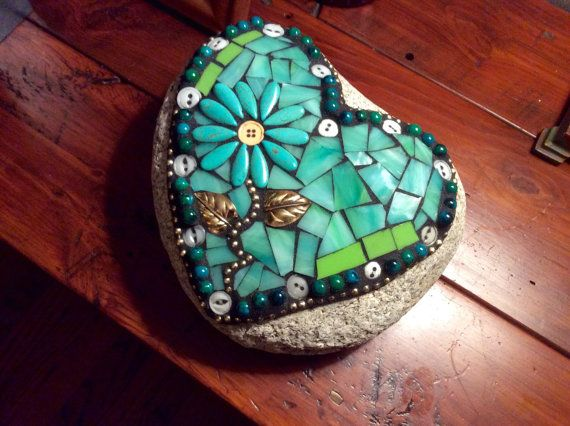 Mosaic+Stained+Glass+Garden+Rock