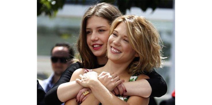 """A Cannes, la presse française plébiscite """"La vie d'Adèle""""   http://tempsreel.nouvelobs.com/topnews/20130525.REU4878/a-cannes-la-presse-francaise-plebiscite-la-vie-d-adele.html"""