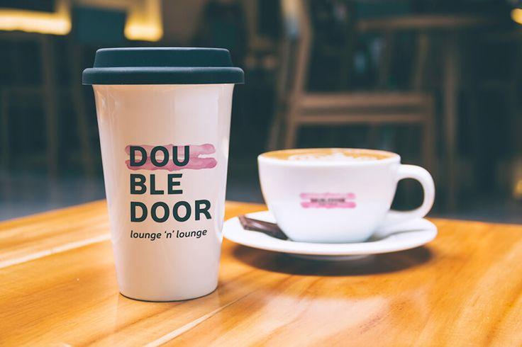 archventil_doubledoor_bar_identity (3)  #archventil #doubledoor #brandidentity #visualidentity #bar #lounge #looknfeel #logo #brandmark #tagline #brandmanual #colorpalette #type #pattern #shape #icon #black #rose #green