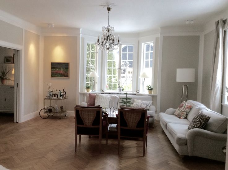 Living room with walls painted in Shaded White - Farrow and Ball