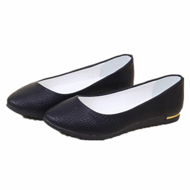 Mode 2016 femmes chaussures femmes Slip On chaussures Flats Faux cuir femmes ballerines Casual confort Ladies chaussures en gros